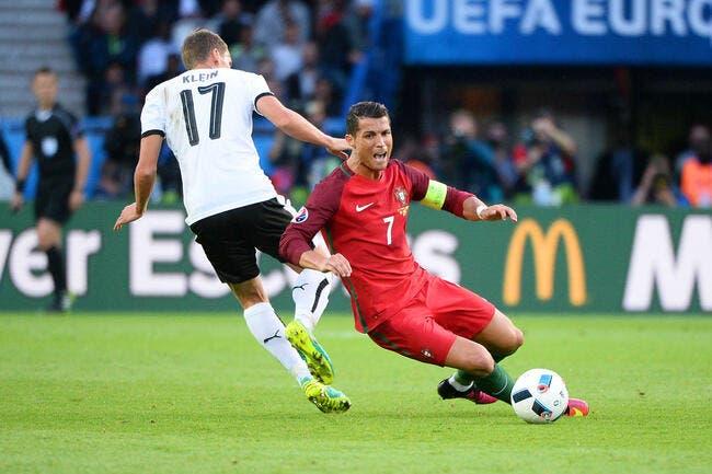 Euro 2016 : Penalty raté, but hors-jeu, le Portugal et CR7 n'y arrivent pas