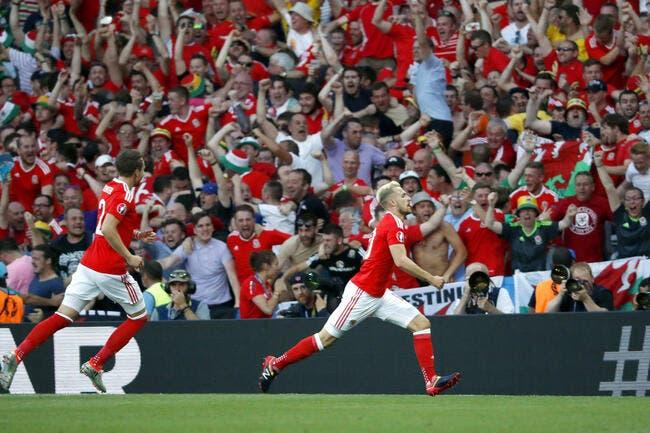 Euro 2016: Pas de Brexit, le Pays de Galles et l'Angleterre qualifiés