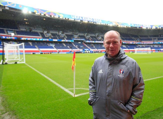 Euro 2016 : Le jardinier du PSG est vert et a trouvé le coupable