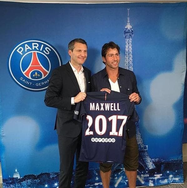 Officiel : Maxwell au Paris SG jusqu'en 2017 !