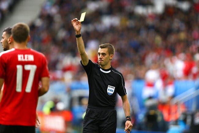 Euro 2016: L'arbitre français Clément Turquin quitte la compétition