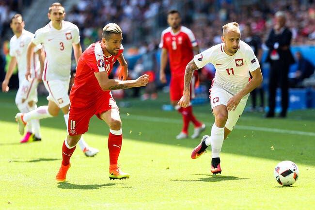 Grosicki intenable avec la Pologne, Twitter se moque de Rennes