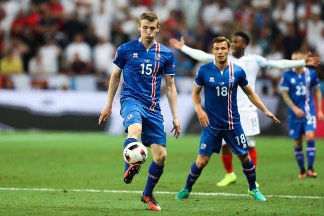 France: Pierre Ménès compare l'Islande au SCO d'Angers
