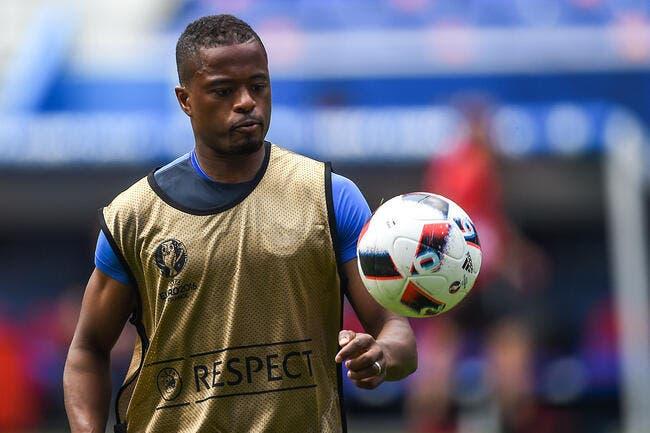 France : Evra blessé à la main après un choc avec Pogba
