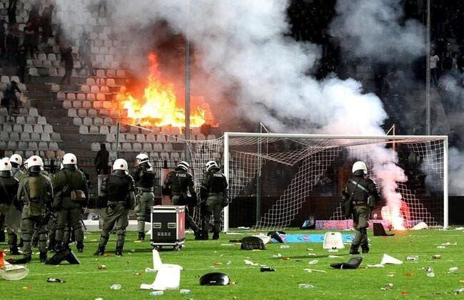 Vidéo : PAOK - Olympiakos stoppé à la 89e minute dans un déluge de feu !