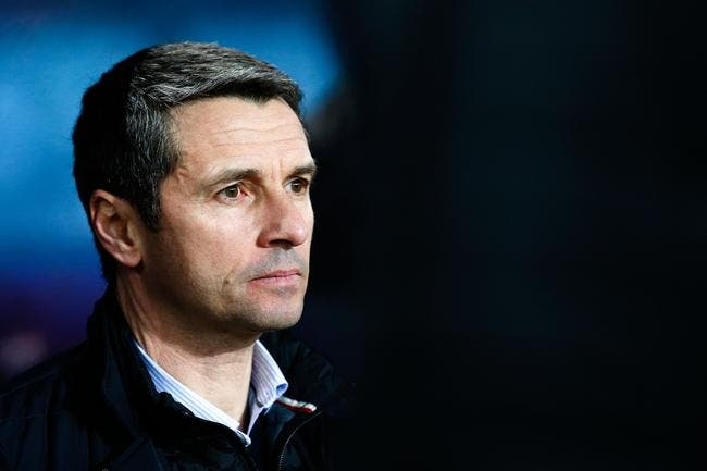 Aston Villa : Rémi Garde perd ses nerfs en pleine conférence de presse