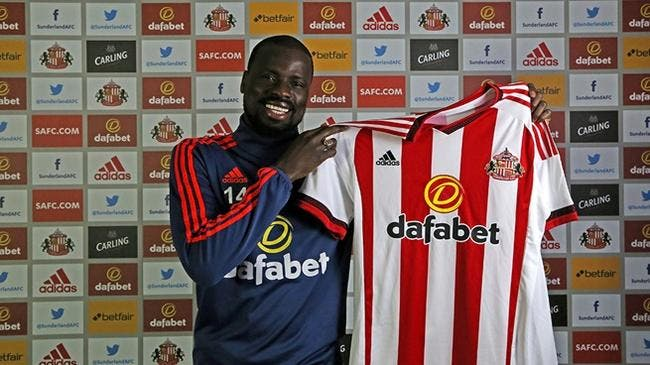 Mercato : Emmanuel Eboué signe à Sunderland