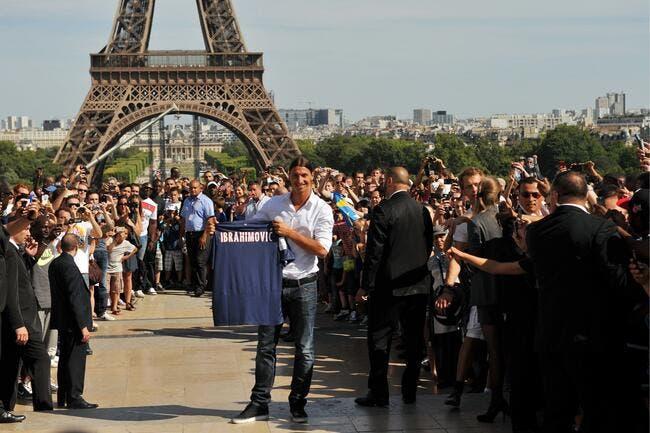 PSG : Ibrahimovic veut bien rester si sa statue remplace la Tour Eiffel