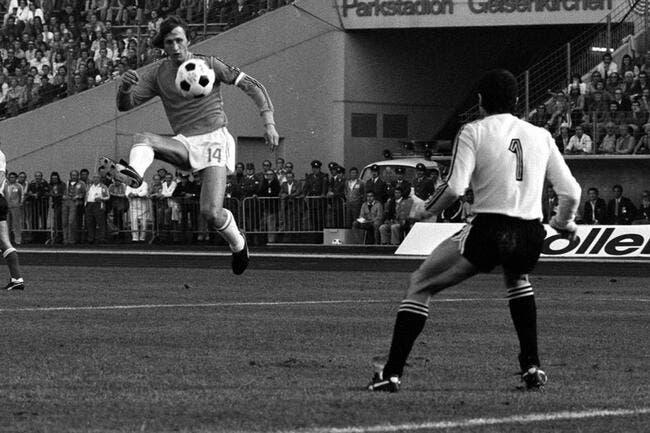 Vidéo: Les plus belles actions de Johan Cruyff
