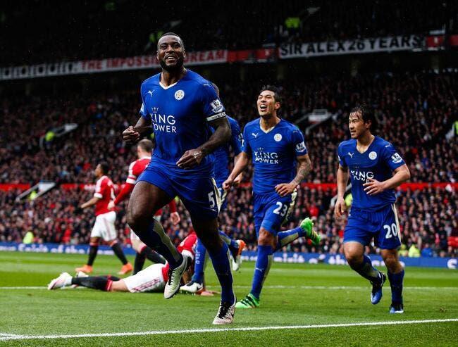 Vidéo: Les joueurs de Leicester explosent au coup de sifflet final