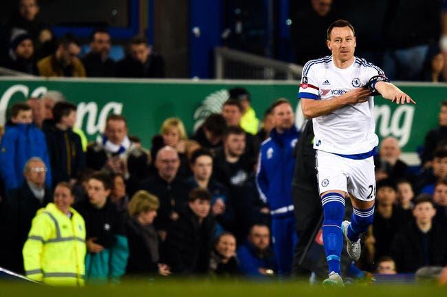 Chelsea offre un nouveau contrat à Terry