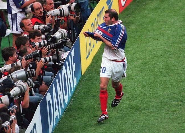 Quel champion du monde a vendu en douce le maillot 98 de Zidane ?