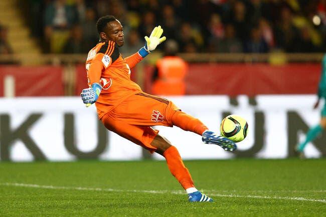 OM: Et si Mandanda restait encore à Marseille ?