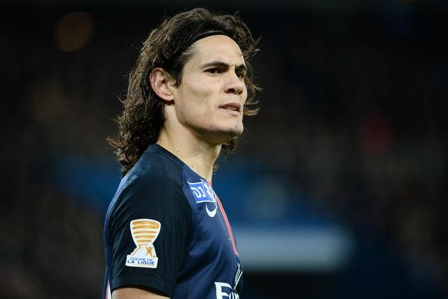 PSG: Le chouineur Cavani pour succéder à Ibra, Pierre Ménès en rigole