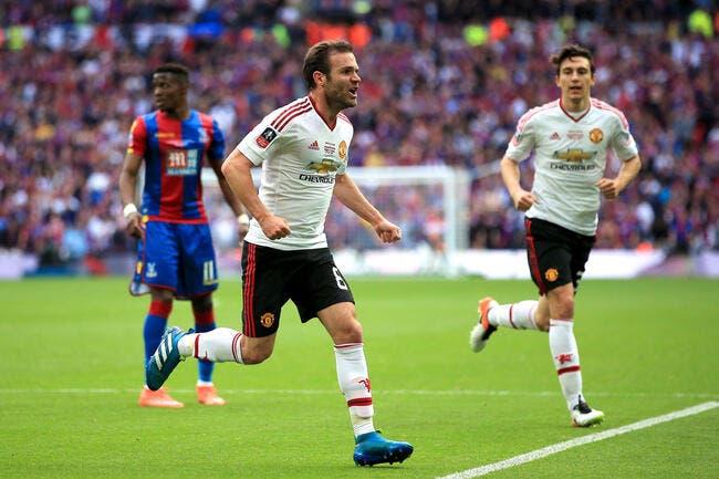 Manchester United arrache la FA Cup contre Crystal Palace