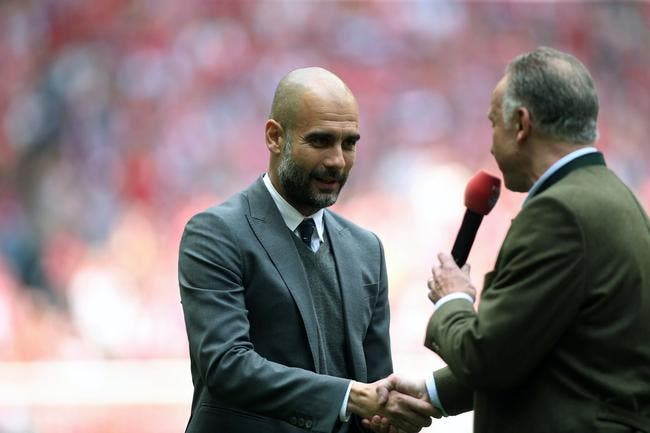 Photo : Guardiola en larmes après son dernier titre au Bayern