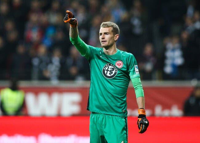 Bundesliga, barrages: Francfort se maintient