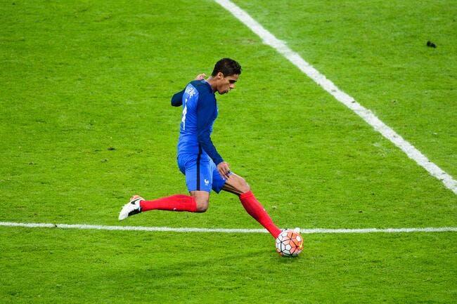 Officiel: Varane forfait pour l'Euro, Rami dans les 23!