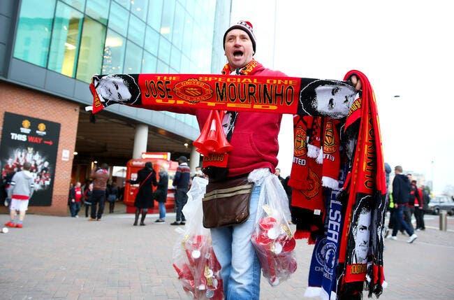 Une incroyable raison retarde la signature de José Mourinho à Man Utd !