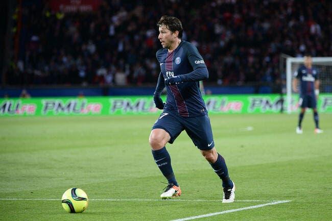 PSG : Paris fait un surprenant effort pour prolonger Maxwell