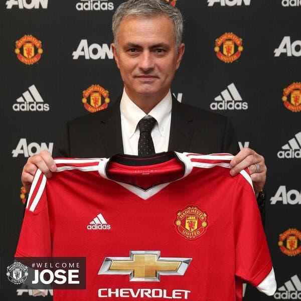 Officiel : José Mourinho entraîneur de Manchester United