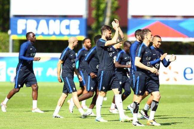 France: Giroud hué, Benzema réclamé chez les Bleus