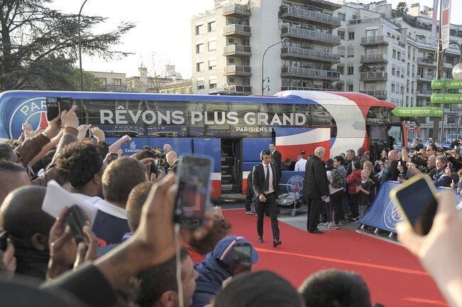 PSG : 145 Ultras en bus et c'est historique pour le Paris SG