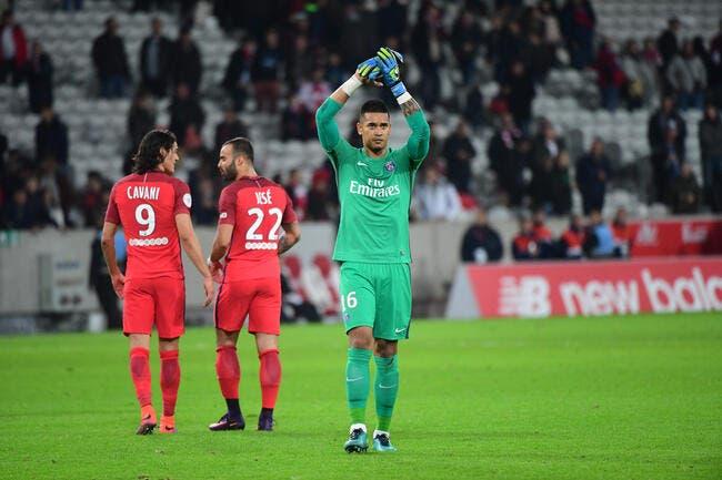 PSG : Emery n'accuse pas Areola malgré un but casquette