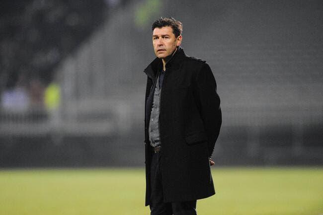 Lorient : Hubert Fournier hésite à dire oui comme nouvel entraîneur