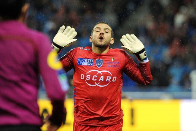 OL-Bastia : L'arbitre insiste, Leca méritait son rouge contre Fékir