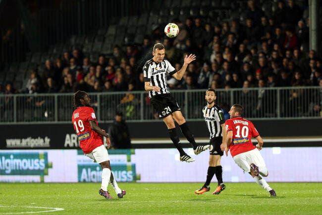 Angers : Une proposition indécente au mercato pour un défenseur