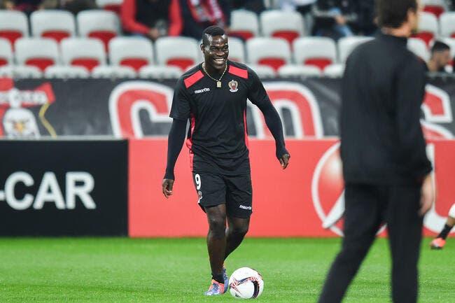 Nice: Balotelli se moque de Cardinale en français