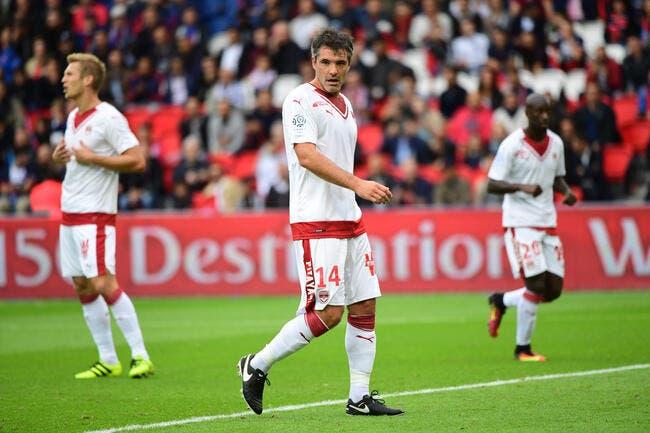 Bordeaux: Les fans disparaissent, Toulalan préfère en rire