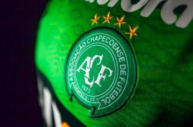 Le foot brésilien couve Chapecoense après la mort de 75 personnes