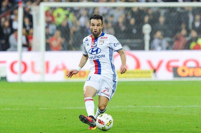 OL : Valbuena «n'a pas du tout sa place à Lyon» balance Herbin