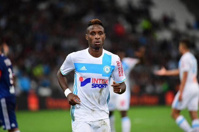 OM : Bouna Sarr ne voit aucun traquenard entre joueurs à Marseille