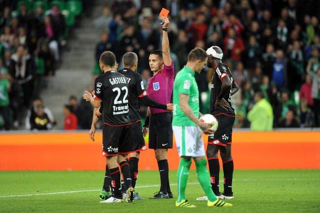 ASSE : Loïc Perrin dément avoir roulé l'arbitre sur le penalty