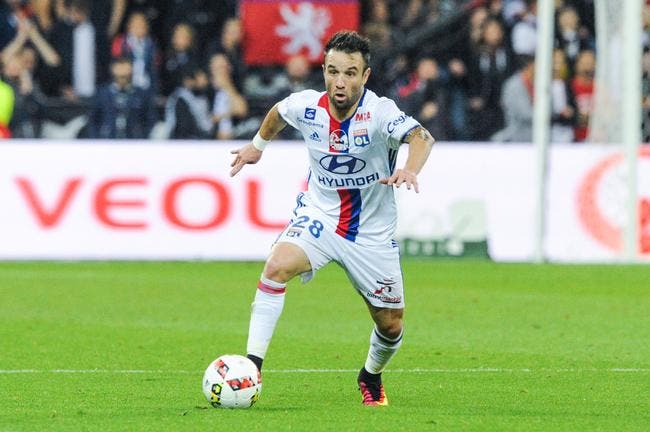 OL: Luis Fernandez demande à Valbuena de quitter une France ingrate