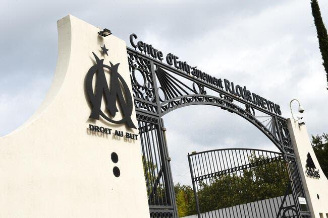 OM: Cela ne pouvait arriver qu'à Marseille s'amuse Courbis