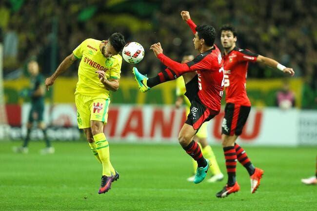 FC Nantes : Girard accuse l'arbitrage après la défaite dans le derby