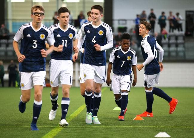 Photo : Joueur U20, international U16 écossais à… 13 ans