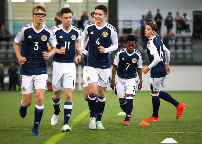 Photo: Joueur U20, international U16 écossais à… 13 ans
