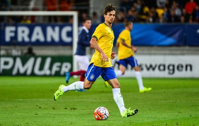 PSG: Rodrigo Caio à Paris, Juninho se régale d'avance