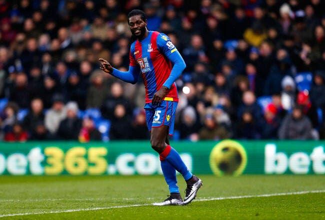 OL : Adebayor vole vers Lyon pour signer un contrat d'un an