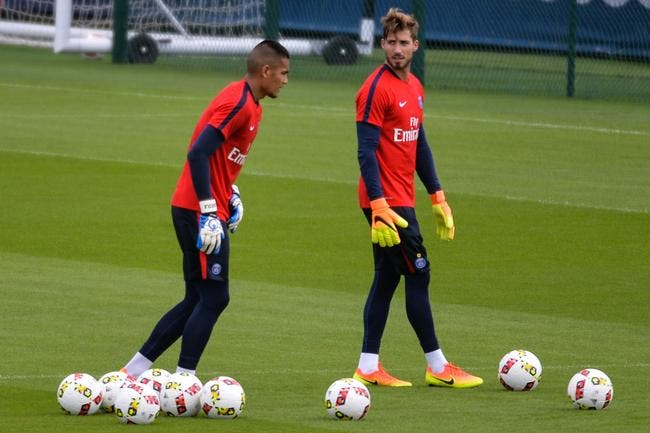 PSG: Trapp-Areola, Emery brouille les cartes