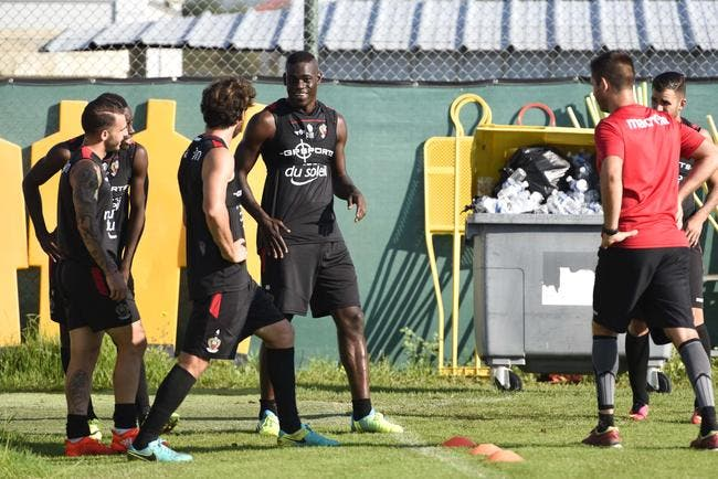 Nice : Balotelli fait marrer le vestiaire, Koziello en redemande