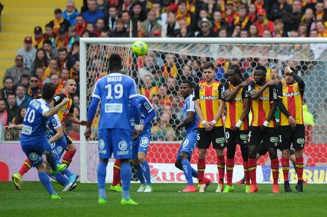 L2 : Brest frappe un grand coup à Lens !
