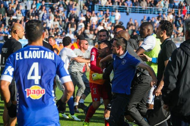 Ligue 1: Bastia-Lyon officiellement arrêté suite à des échauffourées