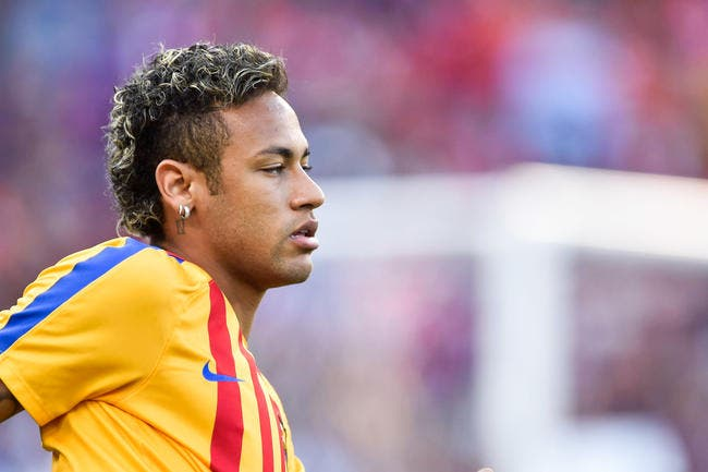 Neymar a passé la visite médicale ! Vendredi la présentation — Paris Saint Germain