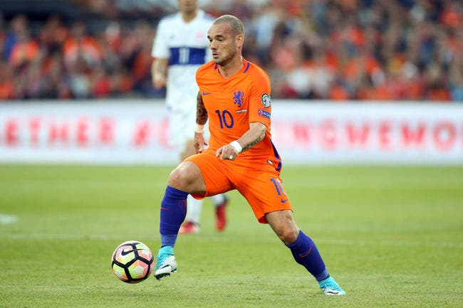 Sneijder à Nice (officiel)